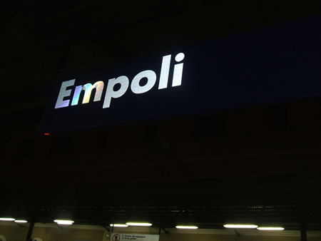 エンポリ駅