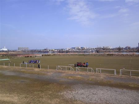 馬入サッカー場天然芝グラウンド