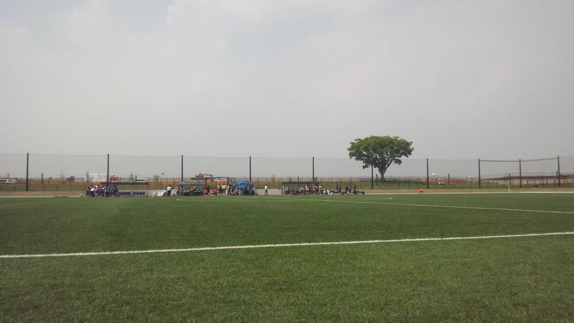 綾瀬スポーツ公園第一多目的広場2011年5月18日