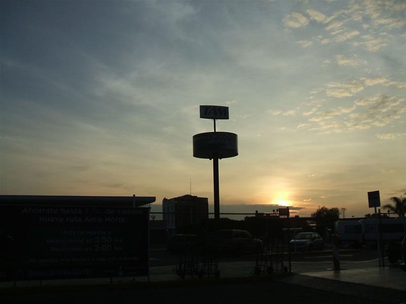 メキシコ(モレリア)/モレリア・バスターミナル/2011年6月26日
