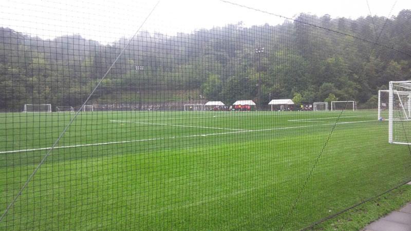 吉田サッカー公園人工芝グラウンド2011年8月23日