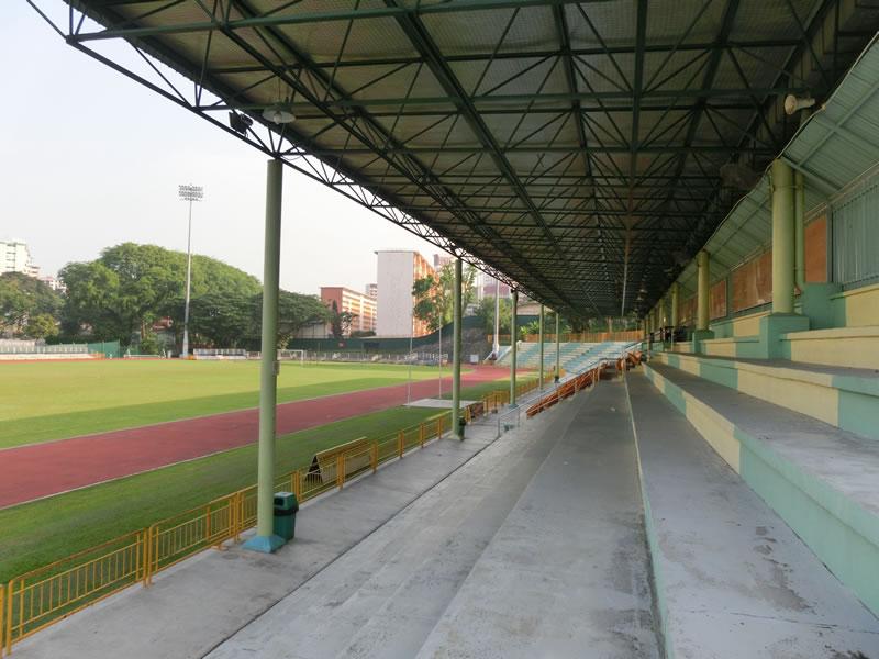 シンガポール/クイーンズタウン・スタジアム2013年6月25-26日