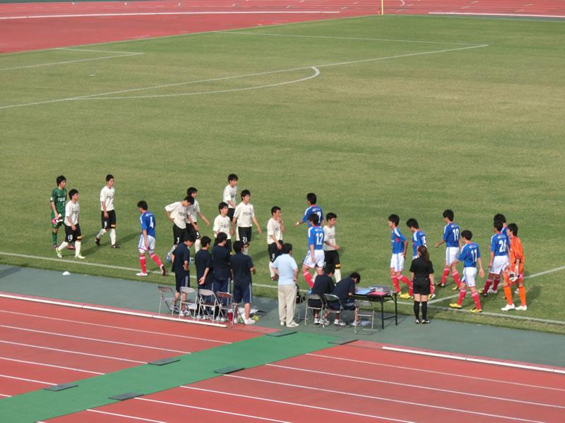 三ツ沢公園陸上競技場2013年5月12日