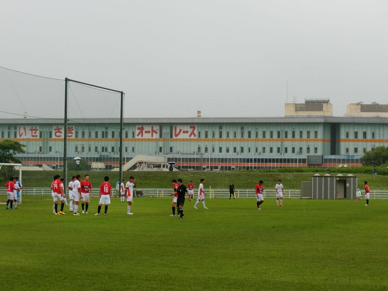 第40回日本クラブユースサッカー選手権2016/07/26 – 浦和レッズユースvs愛媛FC U-18 0-0引き分け・・・サッカーらしい結果。続ければ大丈夫。